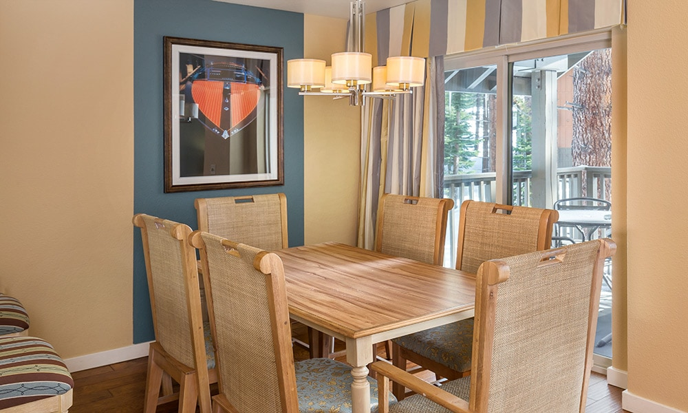 004-south-shore-gallery-pres-dining.jpg