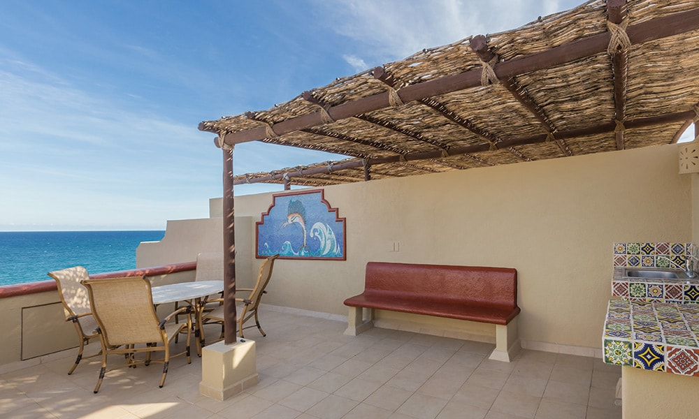 008-coral-baja-gallery-penthouse-balcony2.jpg